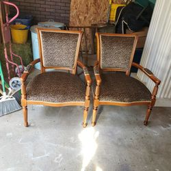 Beautiful High End Leopard Print Chairs for Sale in Lake Stevens,  WA
