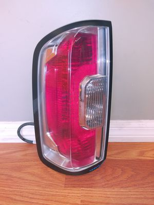 2015-2019 GMC CANYON Left Driver Side Taillight OEM Used for Sale in Wilmington, CA