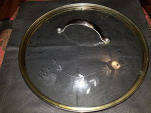 Used Princess House Crystal frying pan with lid for Sale in Stockton, CA