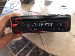 Kenwood stereo comes with usb for Sale in San Diego, CA