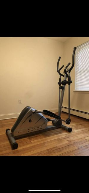 Exerpeutic 1000XL High Capacity Magnetic Elliptical with Pulse for Sale in North Brunswick Township, NJ
