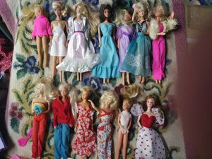 LOT OF OLD BARBIE DOLLS for Sale in Claysville, PA