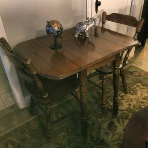 Drop Leaf Table and chairs for Sale in Silver Spring, MD
