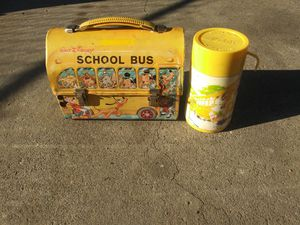 Vintage 1960 Near Mint Disney Yellow School Bus Dome Lunchbox and Thermos for Sale in North Highlands, CA