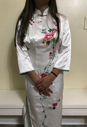 Original Authentic traditional Chinese dress(Perfect fit!) for Sale in Frederick, MD