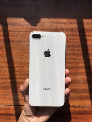 iPhone 8 Plus 64GB Unlocked for Sale in Holly Springs, NC