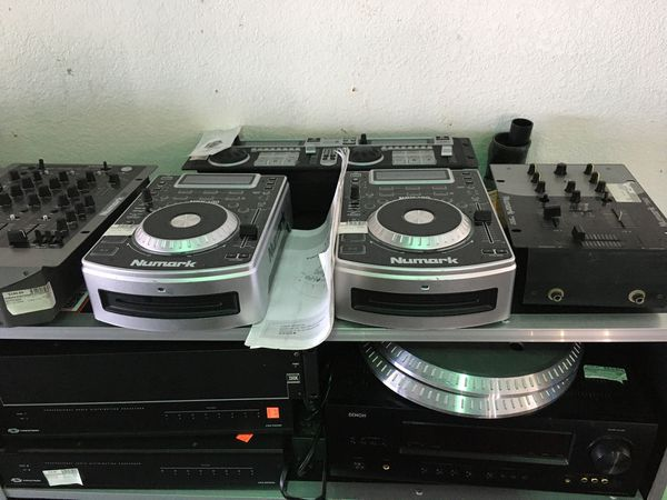 Pro audio DJ equipment cdJ turntable mixer speakers mix mixers rane serato numark denon pioneer