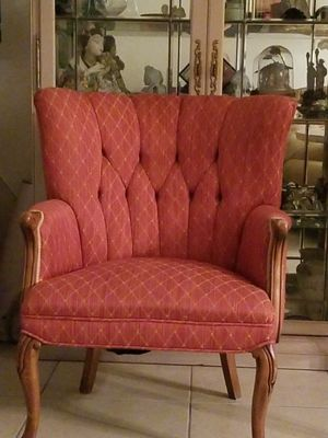 Beautiful antique chair. Was used just for show. Never used. for Sale in Miami, FL
