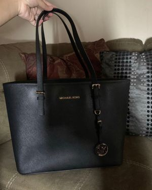 Micheal Kors for Sale in Des Plaines, IL