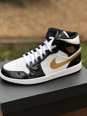Jordan 1 Patent black white gold size 10 for retail! for Sale in Alexandria, VA