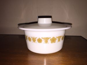 Pyrex Butter Dish with Lid for Sale in Moore, OK