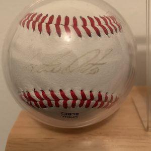 Octavio Dotel Autographed Official League Baseball for Sale in Roseville, MI
