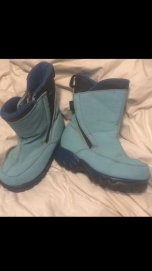 Kids snow boots lands end sz 10 for Sale in Sharon, MA