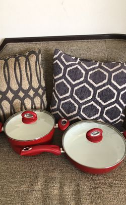 4 PCS cookware. Please see all the pictures and read the description for Sale in Falls Church,  VA