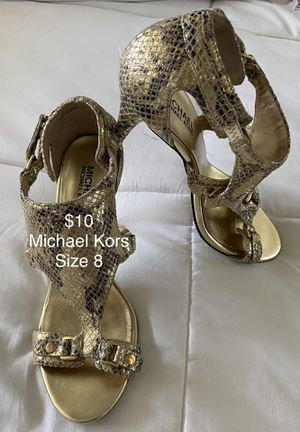 Michael Kors snake print sandals size 8 Great condition for Sale in Huntington Beach, CA