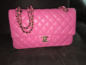 Chanel Bag Pink, lightly worn. Great Condition! for Sale in Lilburn, GA