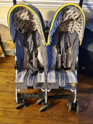Jeep double stroller for Sale in Columbia, SC