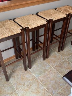 Stools (4) for Sale in Strongsville,  OH