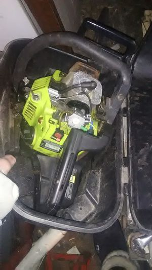 Poulan chainsaw for parts for Sale in Magna, UT