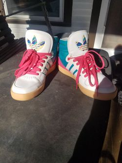 Womens Adidas shoes for Sale in Bloomington,  IL