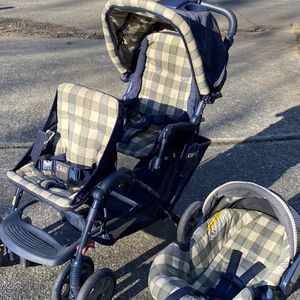 Double Stroller and Matching Infant Car Seat With Base for Sale in Atlanta, GA