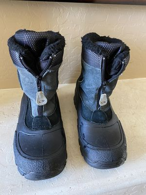 Black snow boots - size 5 for Sale in Gilbert, AZ