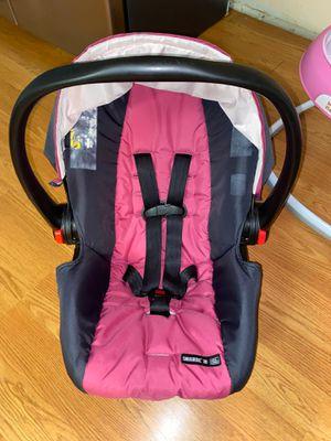 Baby car seat for Sale in Woodbridge, VA