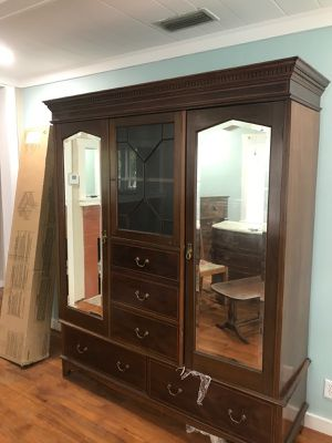 Antique armoir ,Good solid piece of furniture for Sale in Gulfport, FL