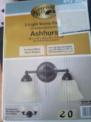2 light vanity fixture for Sale in Las Vegas, NV