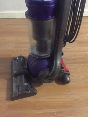 Dayson DC25 vacuum excellent condition for Sale in Estacada, OR