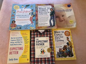 Pregnancy book bundle- hypnobirthing, what time expect when you're expecting, and more for Sale in Miami, FL