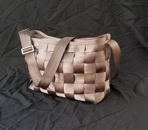 Original Harvey's Seatbelt Bag 2XL Carry All Tote. (Unisex) for Sale in San Leandro, CA