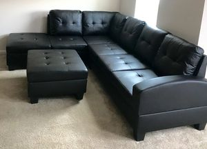 New Black Sofa/Sectional w/Storage Ottoman for Sale in Silver Spring, MD