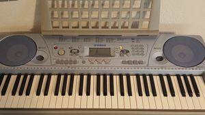 Electric Keyboard Yamaha PSR-273 for Sale in San Diego, CA