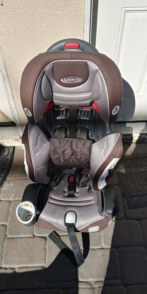 Graco 3 in 1 adjustable booster seat for Sale in Los Angeles, CA