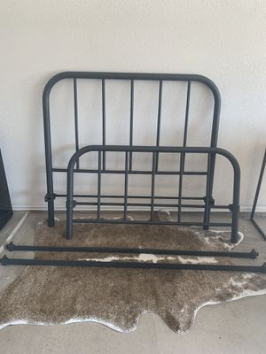 Full size metal frame bed for Sale in Odessa, TX
