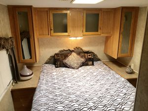 2008 SunnyBrook 28ft Trailer Camper Super Lite $9200 for Sale in Mesa, AZ