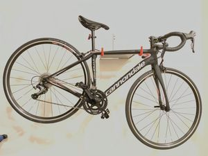 2017 Cannondale Synapse Women's Tiagra 48 for Sale in Hyattsville, MD