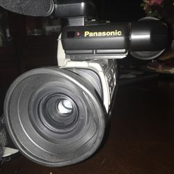 Old Camera From 90s for Sale in Dallas,  TX