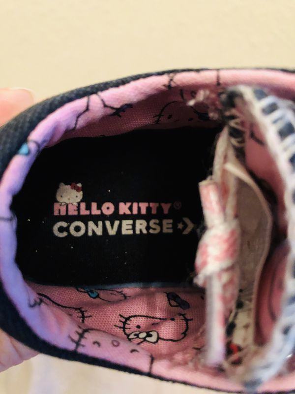 Hello Kitty - Converse - All-Star Lows - 7c - VGUC