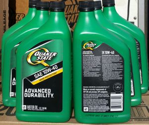 Aceite Quaker state 10w-40 for Sale in Los Angeles, CA