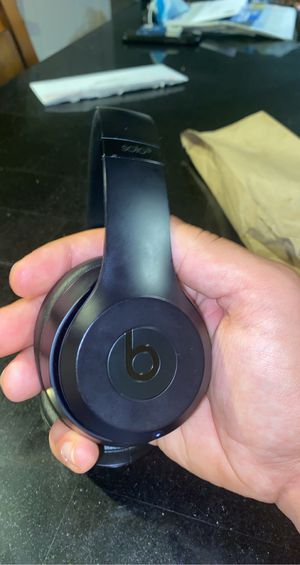 Beats Solo 3 for Sale in Berlin, CT