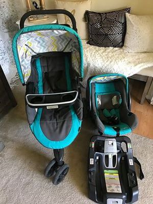 Stroller instride with car seat for Sale in Anaheim, CA