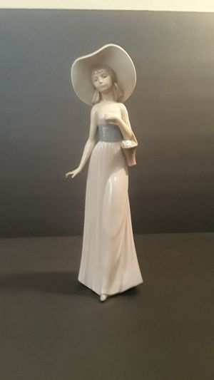 Elegant Lladro for Sale for Sale in Queen Creek, AZ