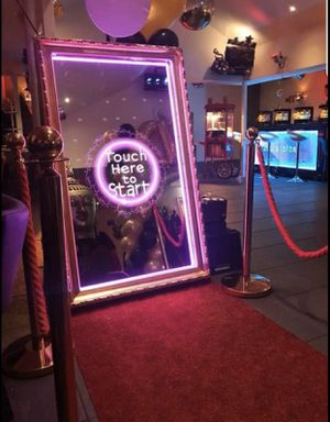 Photo booth FOR HIRE for Sale in Glenolden, PA