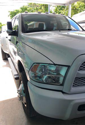 2018 Dodge Ram 3500 for Sale in Miami, FL