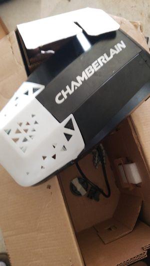 Chamberlain garage opener like new for Sale in Charlotte, NC