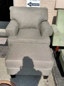 Nice New over Size Chair With Ottoman for Sale in Cleveland,  OH