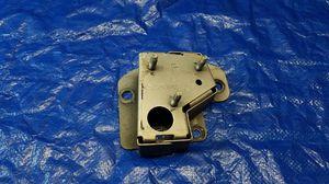 06-10 INFINITI M35 M45 REAR RIGHT SIDE BUMPER REINFORCEMENT MOUNT BRACKET #37371 for Sale in Fort Lauderdale, FL