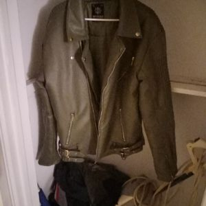 Dark Green Leather Jacket for Sale in Oklahoma City, OK